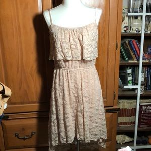 BLUSH COLORED LACY LINED DRESS SIZE LARGE